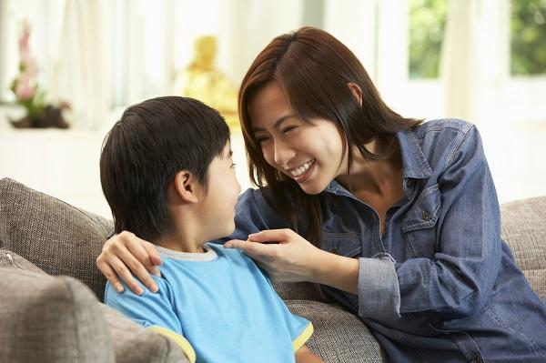 Ne disciplinam copilul cu dragoste si intelegere