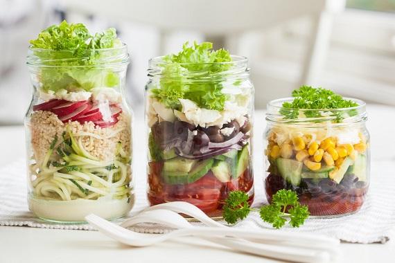 Salata de legume la borcan
