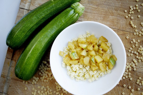 Paste stelute, cu zucchini