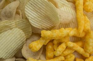 Alimente bogate in grasimi saturate, interzise in alimentatia copiilor pana la 2 ani