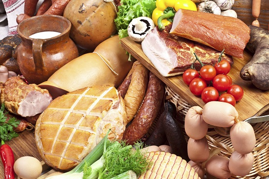 Produsele afumate, interzise in alimentatia bebelusilor sub 1 an