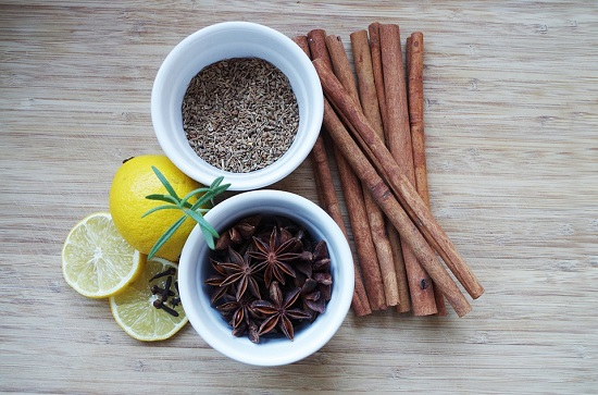 Anason stelat, seminte anason, batoane scortisoara