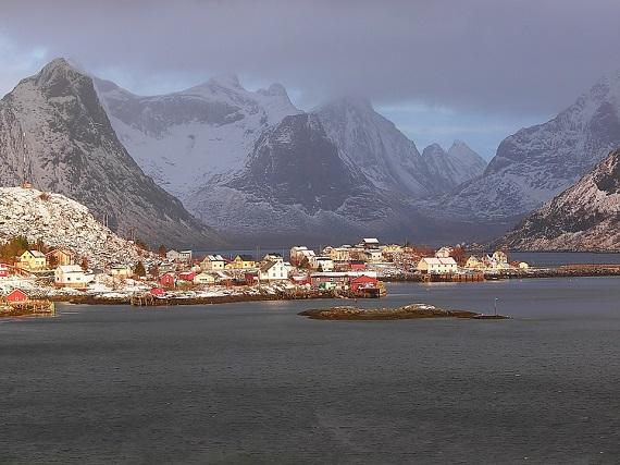 Reine, din Norvegia, este un orasel de basm