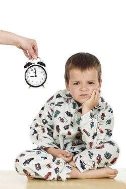 Copilul are ore diferite de culcare si de trezire