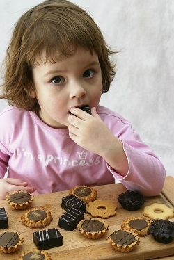 Consumul de prea multa ciocolata poate favoriza somnul intrerupt