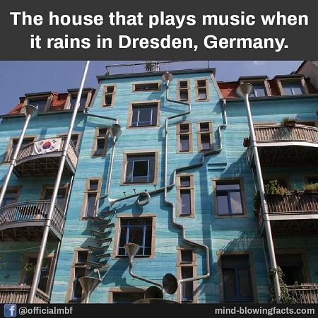 Casa care canta cand ploua