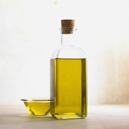 Uleiul de seminte de struguri este unul dintre cele mai bune uleiuri pentru ingrijirea tenului
