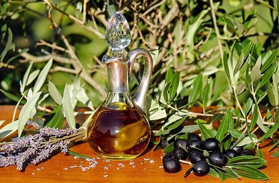 Uleiul de masline este unul dintre cele mai bune uleiuri pentru ten