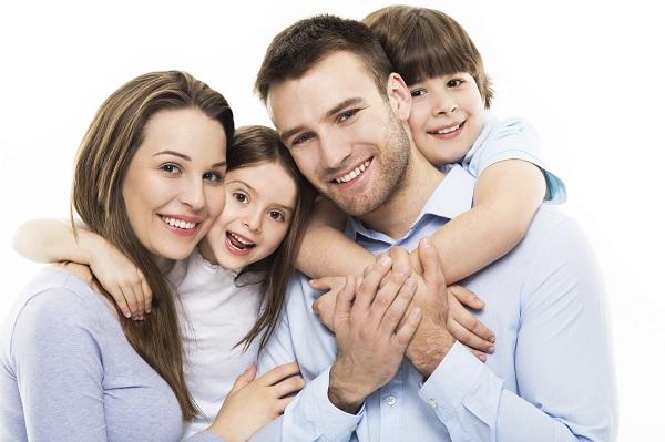 Dreptul copilului de a avea o familie