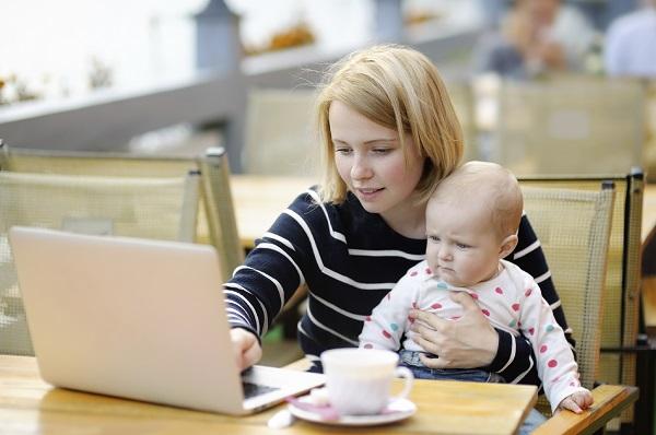 Mama cauta bona pentru copil