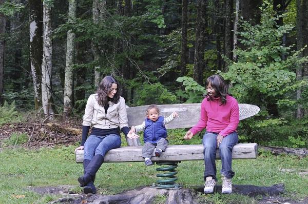 Petreci putin timp cu bona pentru copil