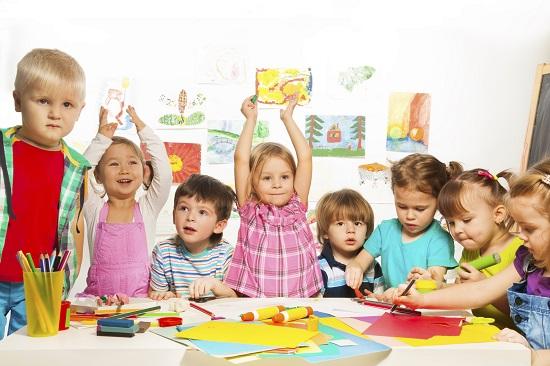 Copilul te poate face de ras chiar si la gradinita, spunand lucruri intime despre tine