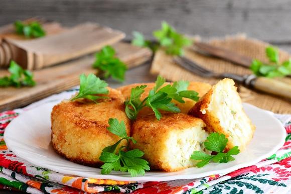 Chiftele din piure de cartofi