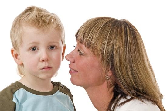 """Fii ferma, dar sustine-ti copilul pentru a trece mai usor peste ruperea relatiei cu un prieten """"toxic"""""""