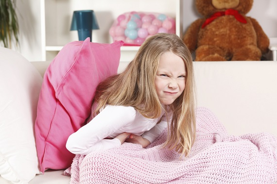 Greata si dureri abdominale-simptome ale toxiinfectiei alimentare la copii