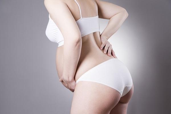 Durerile de spate pot fi un simptom de dinainte de nastere
