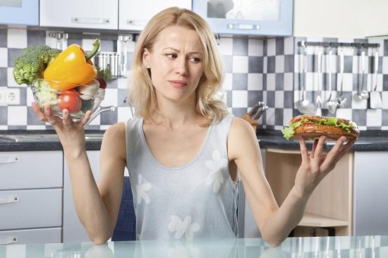 Cei ce adopta o dieta nesanatoasa se confrunta mai frecvent cu astenia de primavara