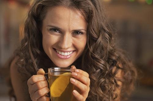Cu ajutorul unui ceai de ghimbir poti sa slabesti dimineata