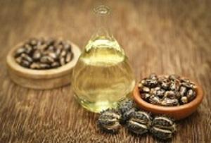 Uleiul de ricin, util pentru ridurile de expresie