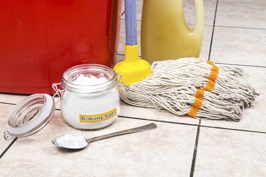 truc pentru curatarea podelei din bucatarie