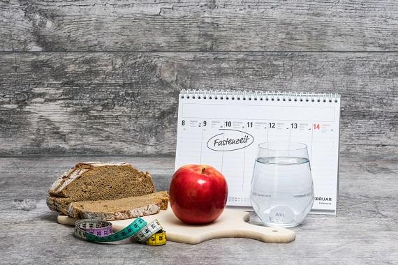 Calendar pentru a se stabili o zi in care tii post