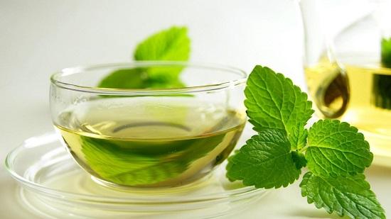 Ceaiul verde, remediu pentru arsurile solare