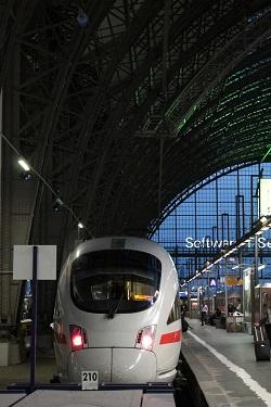 Tren de mare viteza din Frankfurt