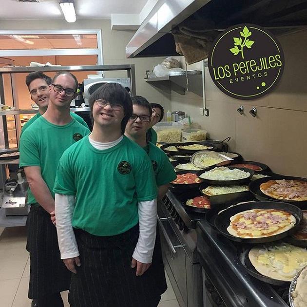 4 prieteni cu sindromul Down deschid o pizzerie