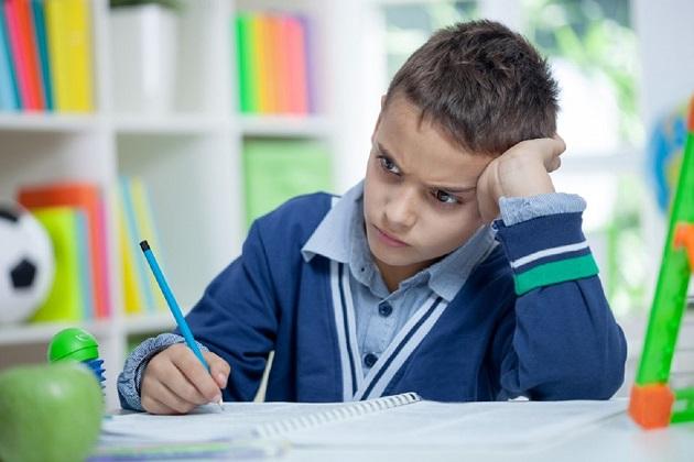 elevii cu nota sub 5 merg la scoli profesionale