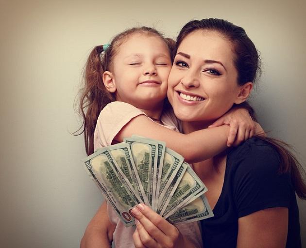 salariul anual al unei mame