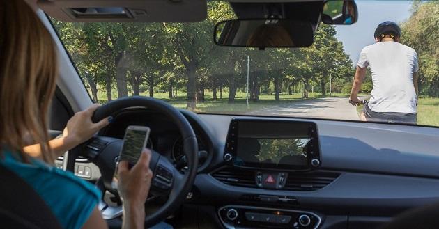 fara telefoane mobile in masini