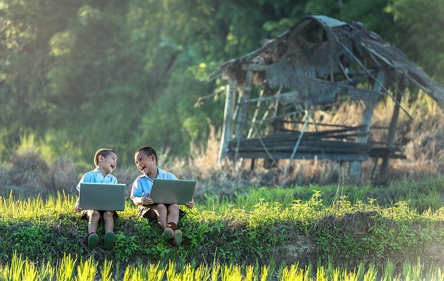 copii cu computer