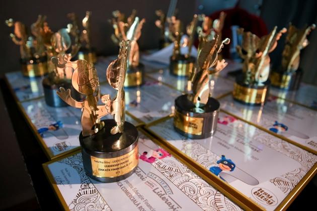 gala premiilor itsy bitsy