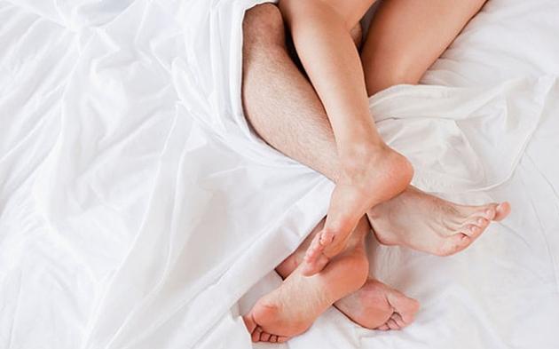 relatii sexuale