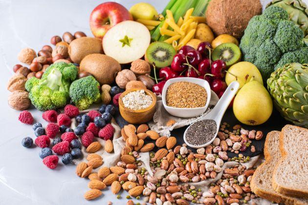 cati carbohidrati trebuie sa mananci zilnic