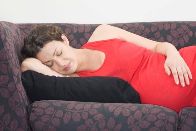 somnul in sarcina