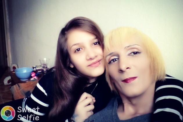 mama singura transgender