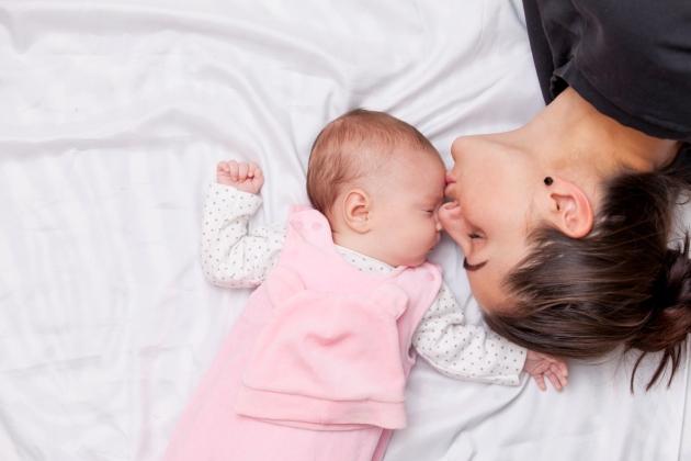 sa doarma cu mamele pana la 3 ani