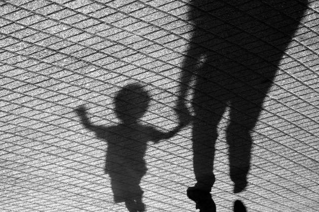 de ce vad copiii lucrurile in alb si negru