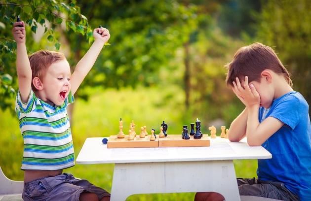 parintii cu copii care au succes