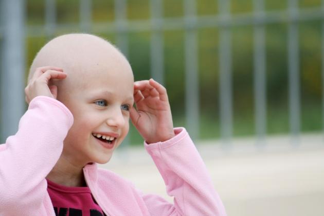 povesti ale unor copii care s-au luptat cu cancerul