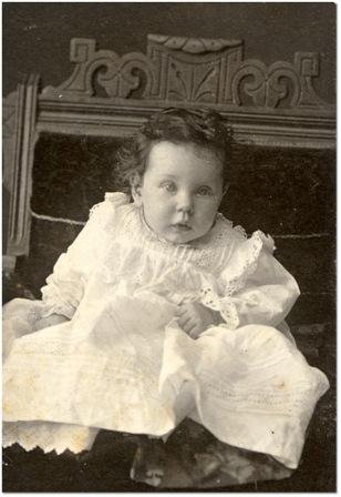 copil alb