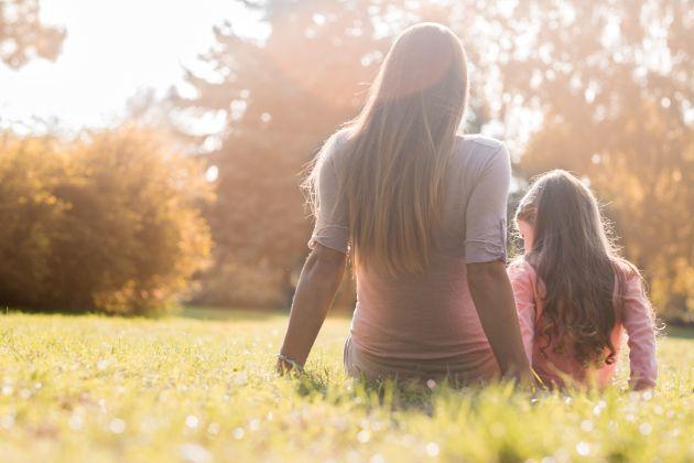 copil crescut de o mama singura