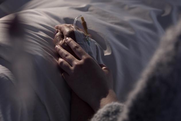 mi-am pierdut mama din cauza cancerului