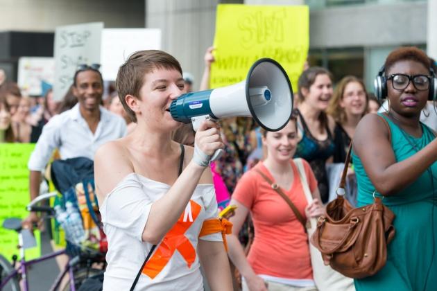 mamicile la proteste alaturi de copii