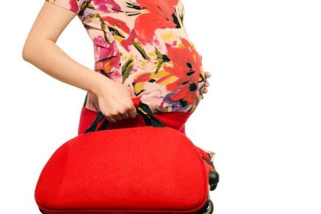 produsele de care ai nevoie in bagajul de maternitate