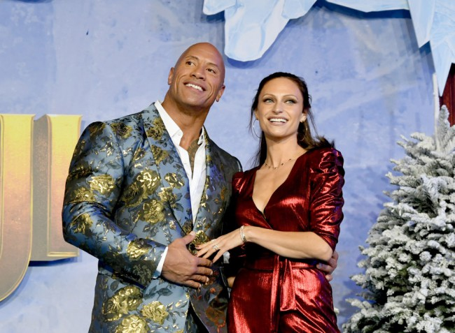 Dwayne Johnson si Lauren Hashian