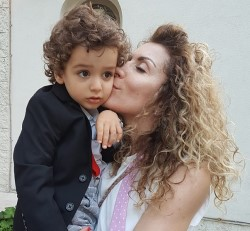 carmen bruma si fiul ei