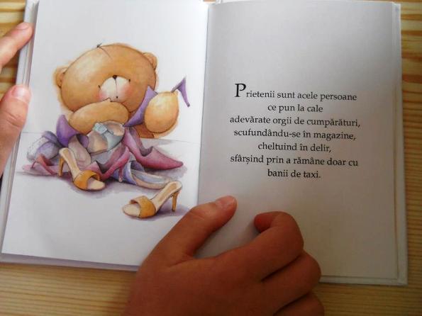 poza imagine din cartea cu prieteni
