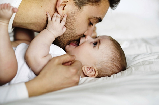 poza tata şi copilul